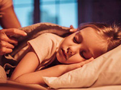 راهکارهای کنترل ترسهای شبانه کودکان