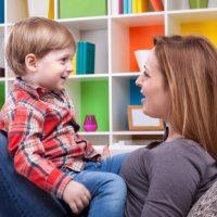 آیا مهم است که همیشه با فرزندانمان همدردی نشان دهیم؟
